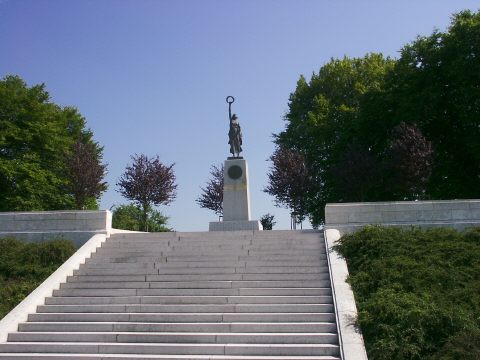 The Missouri Monument to their War Dead